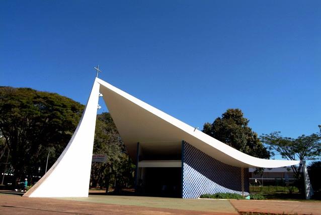 Prestheza Turismo - Brasilia - Igrejinha NS de Fatima 1